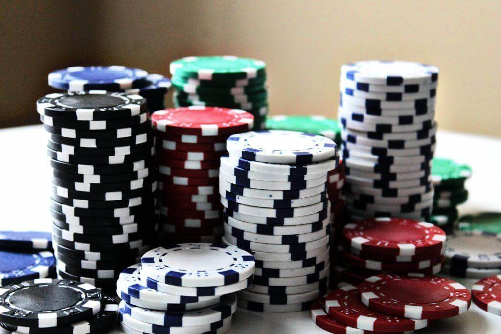 How to Differentiate a Real Casino From a Fake One