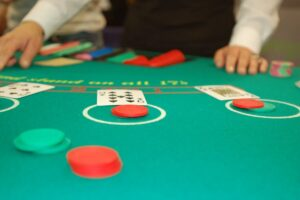 whats the best way to act on a blackjack table