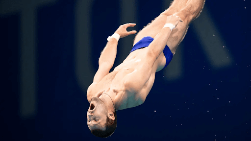 olympian dive into water5 10 Funniest Moments from the 2020 Tokyo Olympics
