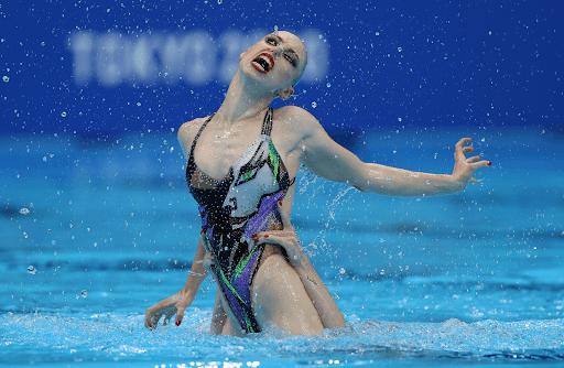 Synchronized Swimming Stills