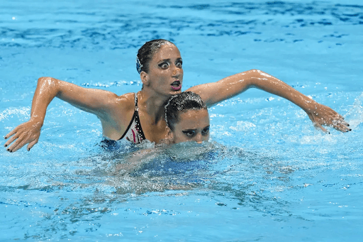 synchronized swimming skills funny 4 10 Funniest Moments from the 2020 Tokyo Olympics
