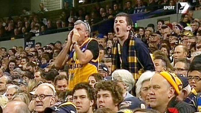 AFL SCREAMING FAN